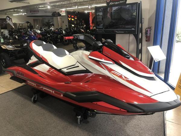Yamaha WaveRunner FX Cruiser SVHO®