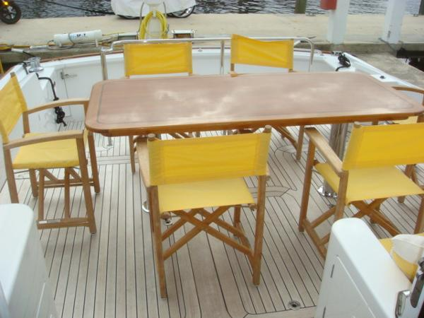 67' Lyman-Morse aftdeck table
