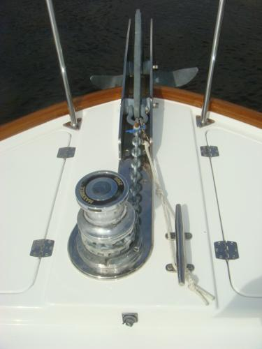 67' Lyman-Morse anchor windlass