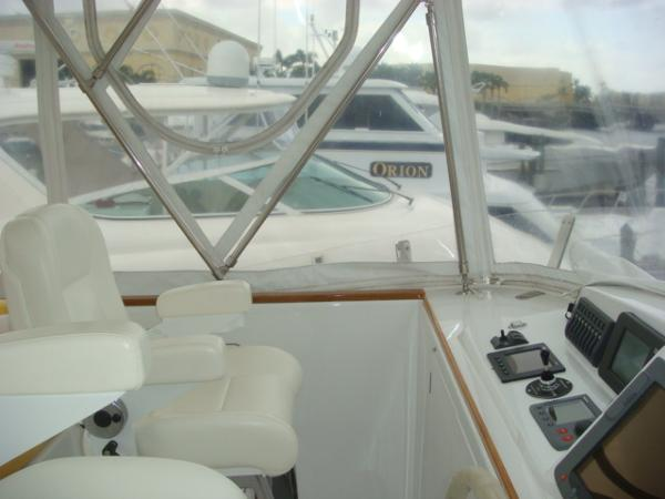 67' Lyman-Morse flybridge port