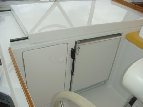 67' Lyman-Morse flybridge refrigerator