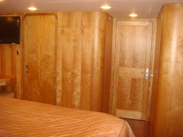 67' Lyman-Morse master stateroom forward