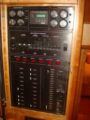 67' Lyman-Morse pilothouse electrical panel