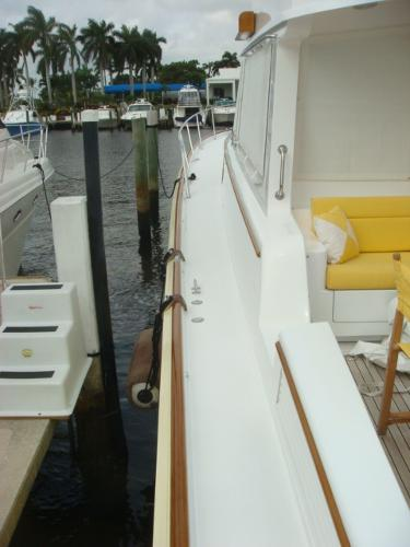 67' Lyman-Morse port side deck photo1