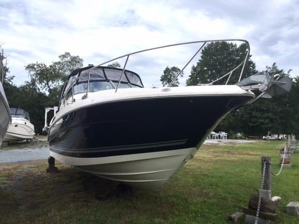 Monterey 282 Cruiser Starboard Bow
