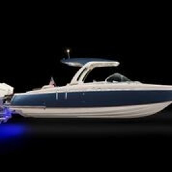 Chris-Craft Launch 31 GT Outboard