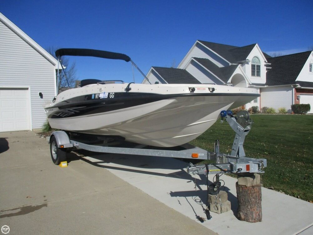 Bayliner 197 Deck Boat 2012 Bayliner 197 Deck Boat for sale in North Tonawanda, NY