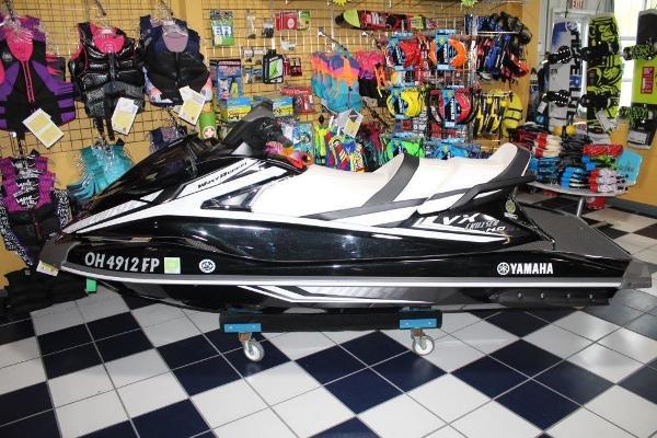 Yamaha WaveRunner VX® Cruiser HO®
