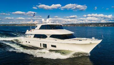 Ocean Alexander Motor yacht skylounge