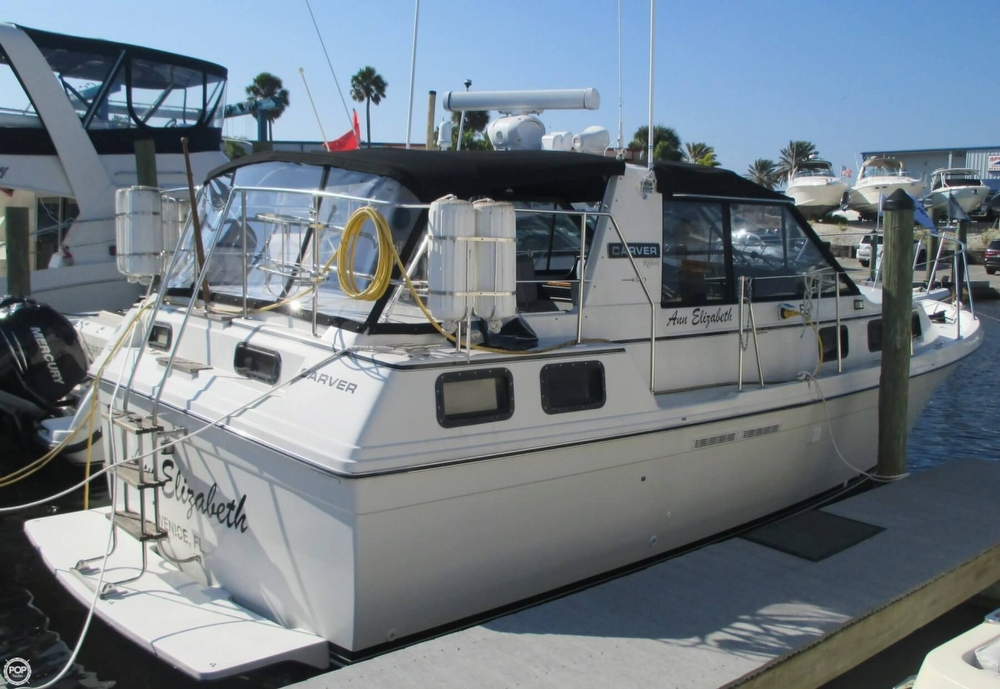 Carver Riviera 28 Aft Cabin 1986 Carver Riviera 28 Aft Cabin for sale in Venice, FL