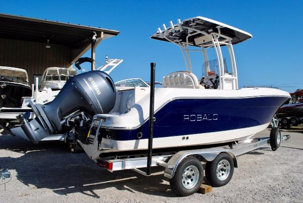 Robalo 222 Center Console 2017-ROBALO-222ES-EXTRA-SEATING-BOWRIDER-CENTER-CONSOLE-FOR-SALE
