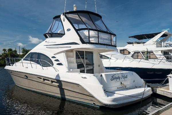 Sea Ray 420 Sedan Bridge