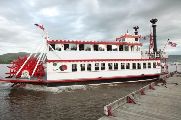 New Orleans Style Stern Wheeler 149 PAX plus 25 crew etc