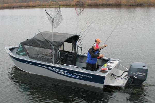 Smoker-craft 222 Phantom Offshore