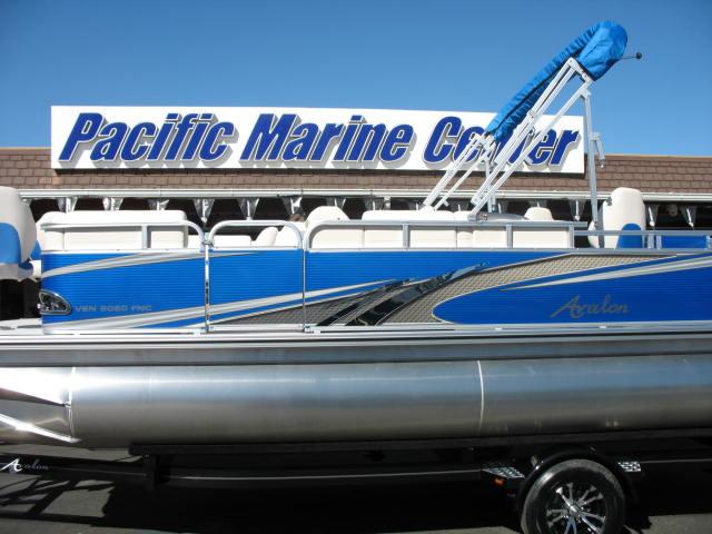 Avalon Venture Fish N Cruise 20' Tri-Toon - 115HP Mercury