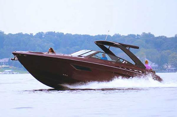 Cruisers Sport Series 338 Bow Rider Palm Beach Edition