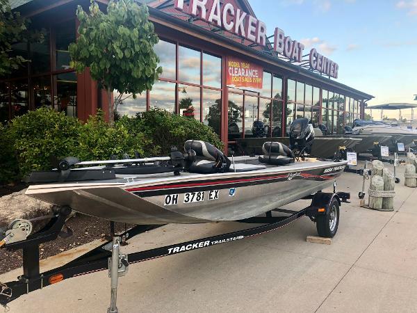 Tracker Panfish 16