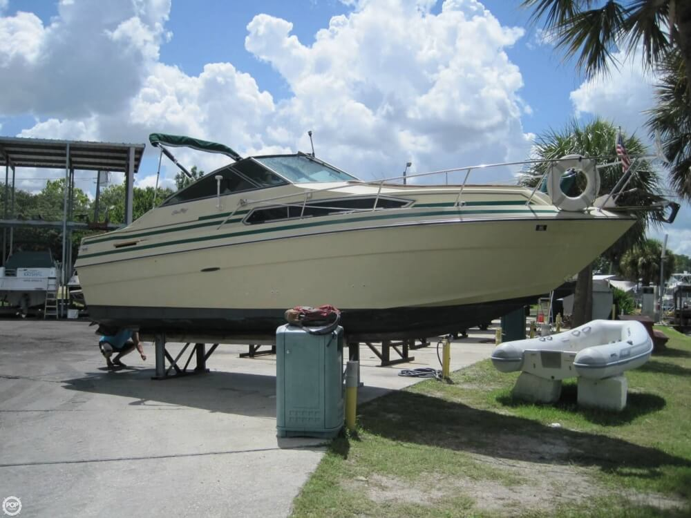 Sea Ray 260 Sundancer 1984 Sea Ray 260 Sundancer for sale in Tarpon Springs, FL