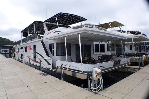Sunstar 17 x 80 Houseboat