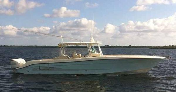 Hydra Sport Boats 4100 VSF Profile