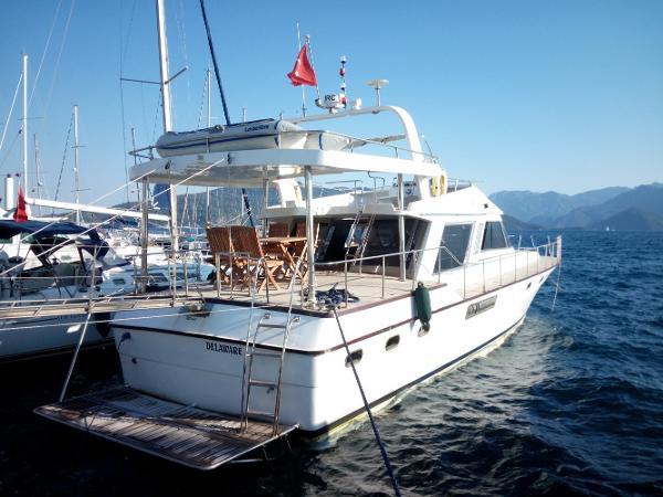 Custom Motoryachts