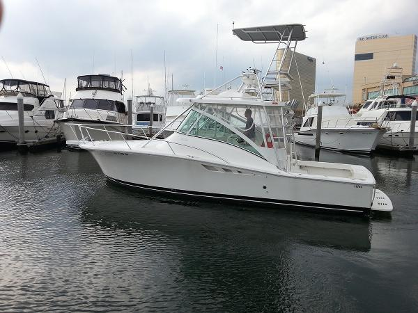 Luhrs 32 Open Profile
