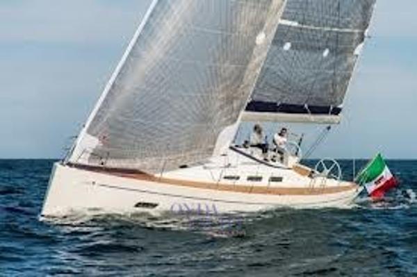 Custom Italia Yachts 13.98 13.98