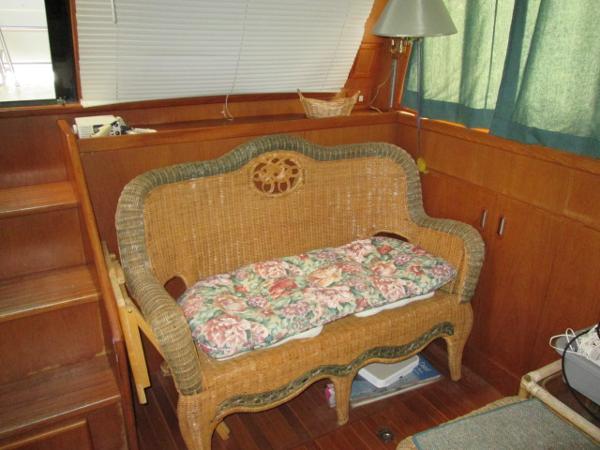 Wicker Love seat