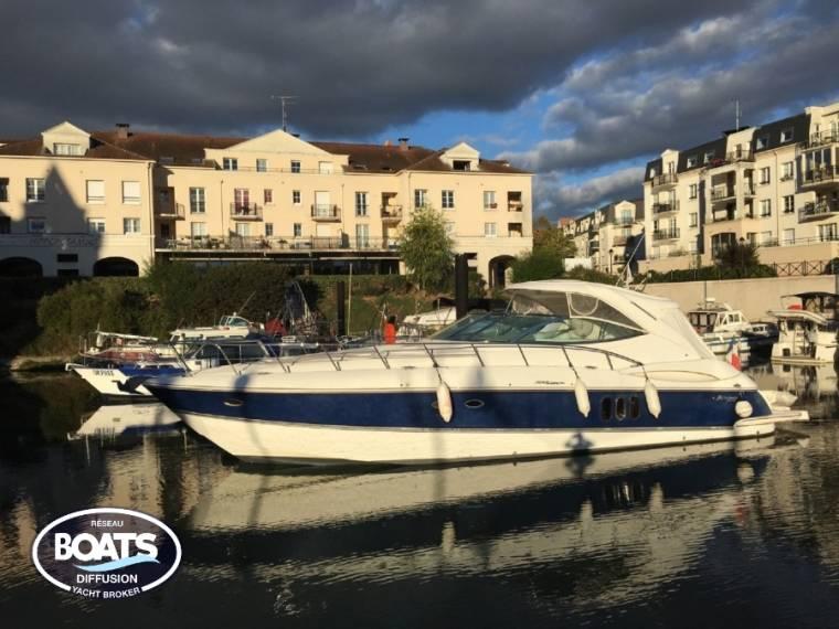 Cruisers Yachts CRUISERS YACHTS CRUISERS 500 EXPRESS HY45349