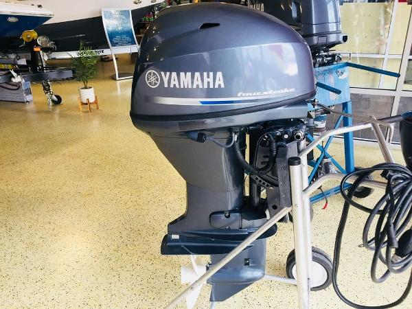Yamaha Outboards F40LA