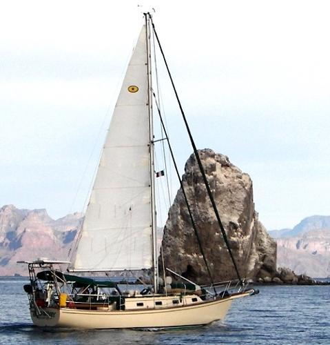 Island Packet Cutter Under sail