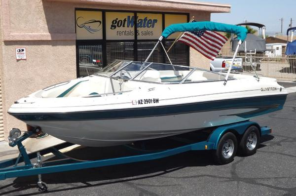 Glastron GX 225 Open Bow 22'