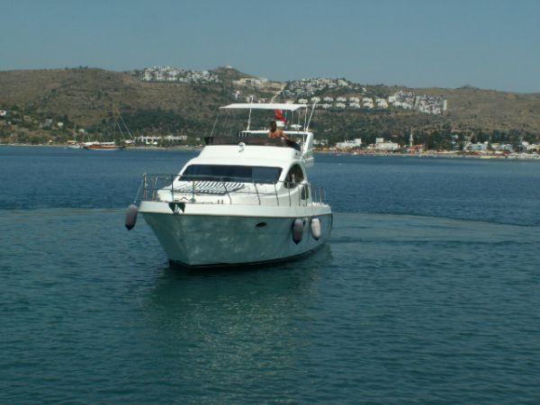 11 m Motor Yacht Fly [MA10626]