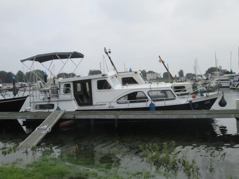 Holl. Stahlkajutboot Ten Broeke 900 AK