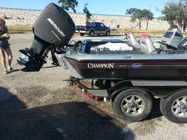CHAMPION BOATS 206 CX