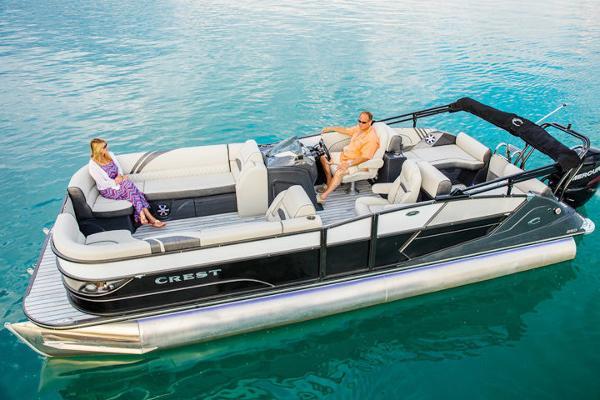 Crest Caribbean 250 SLS Manufacturer Provided Image