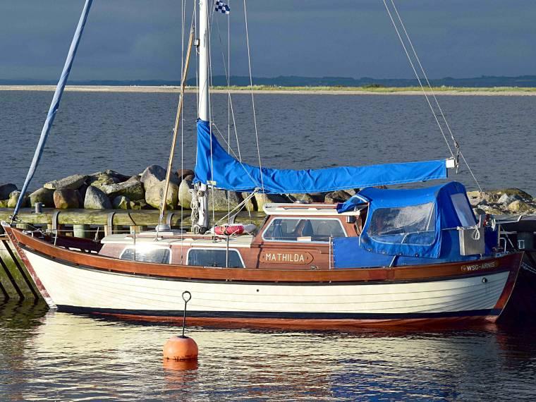 Jutahela Marina 75