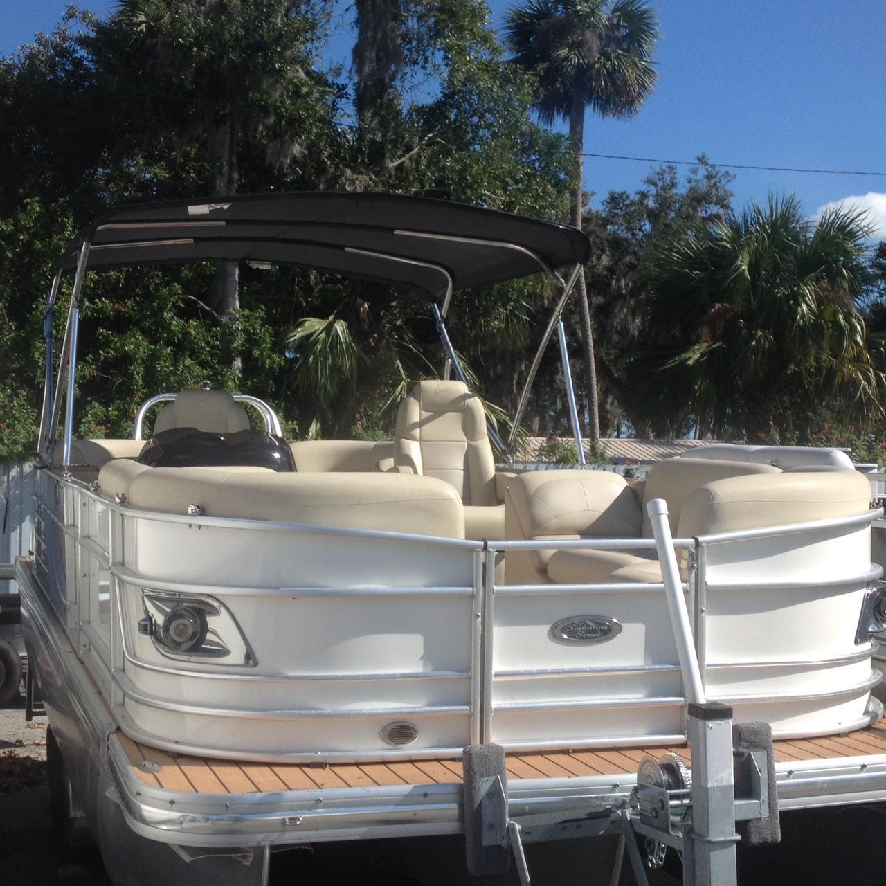 Landau 2300 Signature Cruise