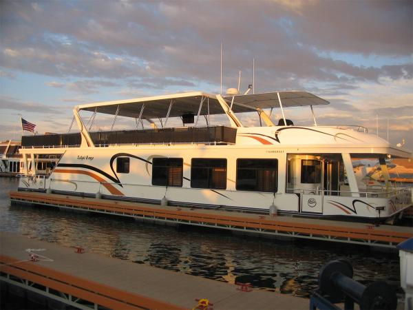 Sumerset Houseboat Twilight Breeze Share #7 In The Slip at Antelope Point Marina