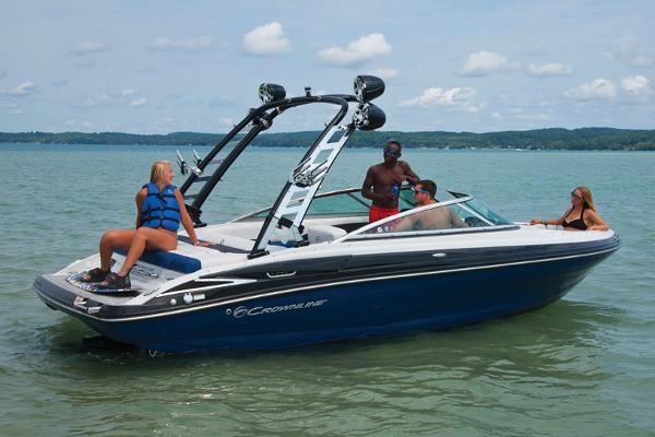Crownline 225 SS Manufacturer Provided Image