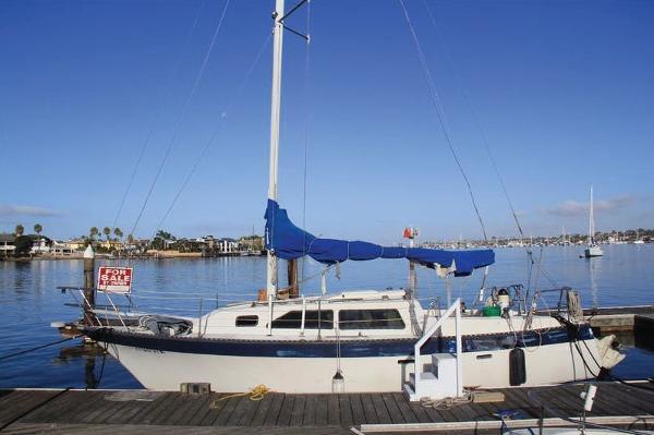 Lancer Yachts 29