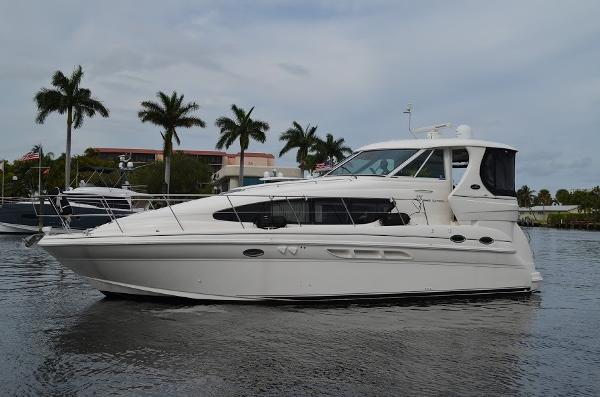 Sea Ray 390 Motor Yacht Sea Ray-390-Motor-Yacht