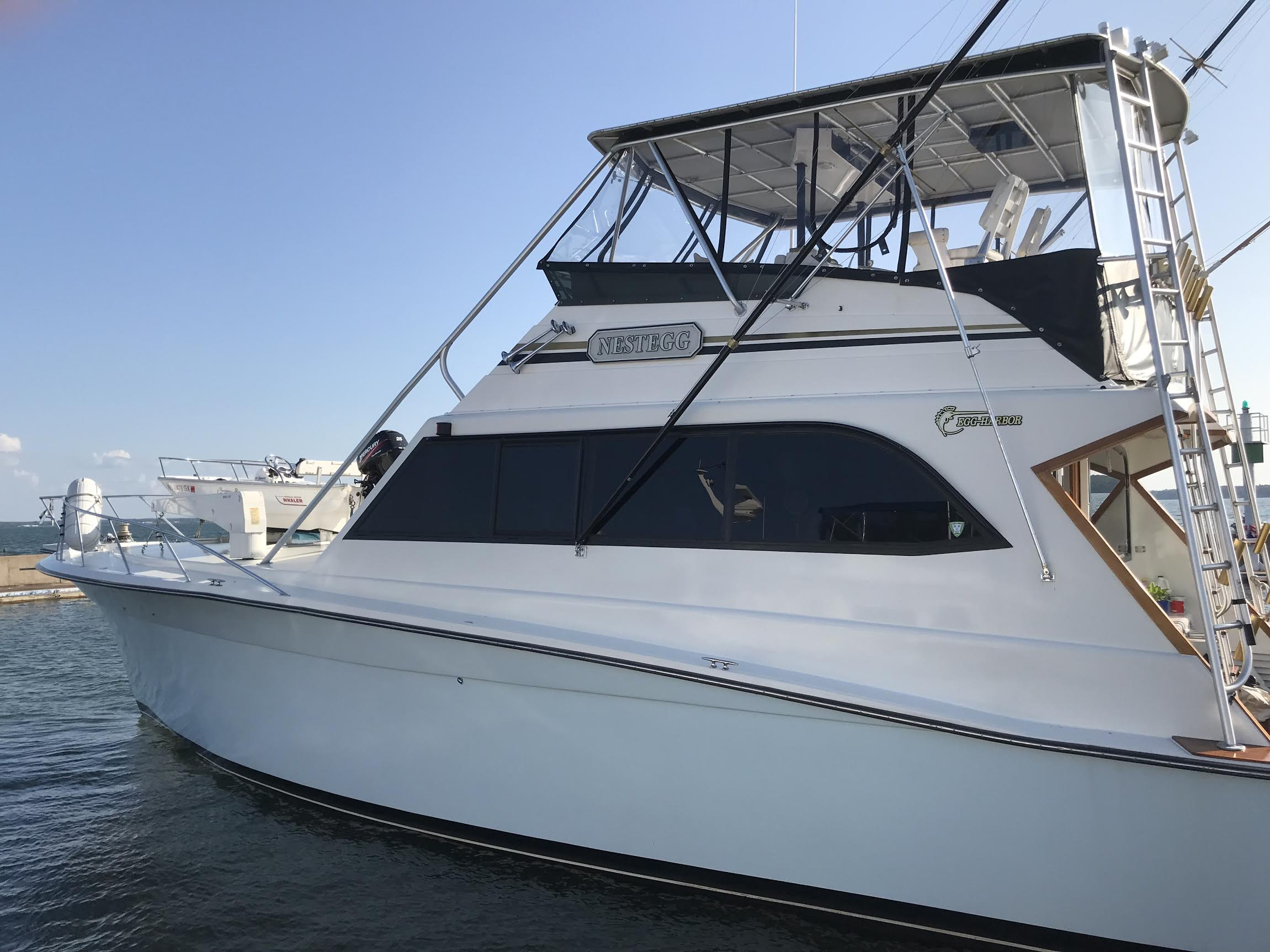 Egg Harbor 54 Convertible Flybridge