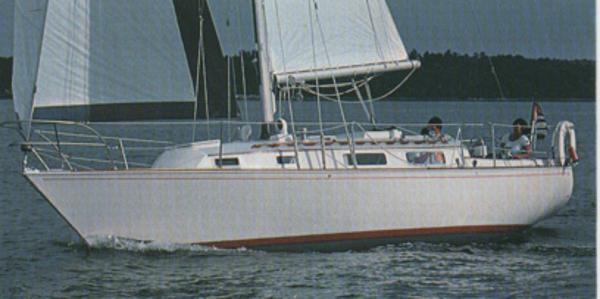 Sabre 34 Brochure Photo