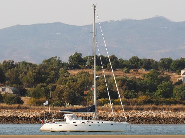 Custom Universal Yachting 49.9 AYC Yachtbroker - Universal Yachting 49.9