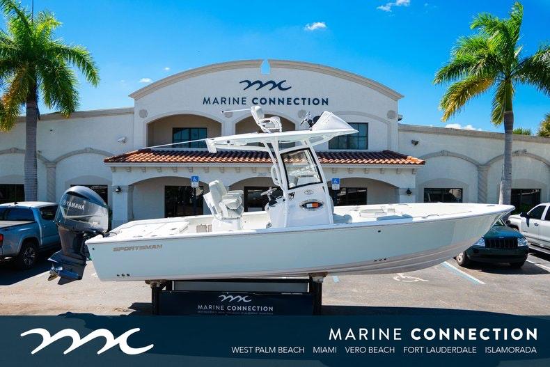 Sportsman Masters 267 Bay Boat