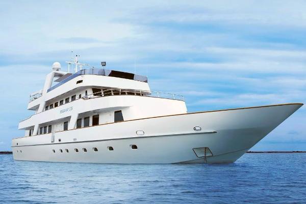 Megaway Superyacht/Liveaboard Dive