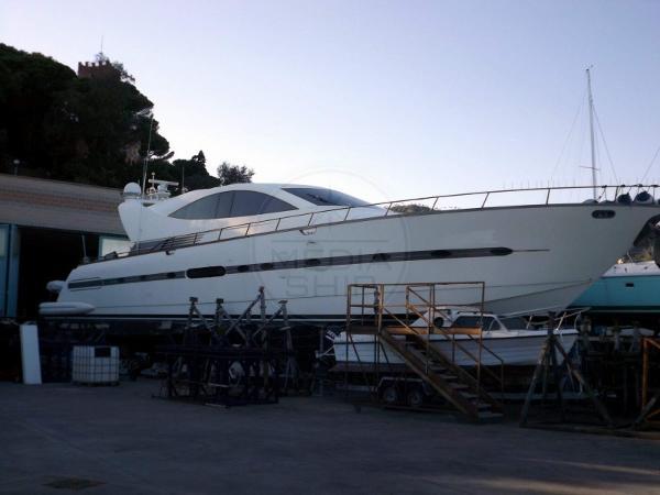 Cerri Cantieri Navali 86 CCN - CERRI 86 - exteriors