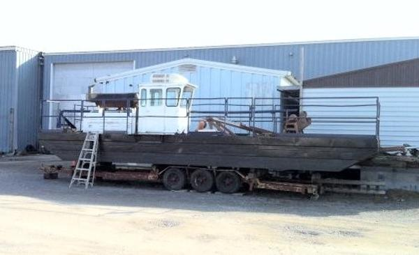 Custom Mudcat MC-915 Dredge