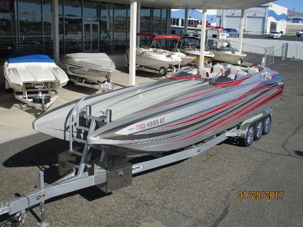 Daves Custom Boats DCB F32